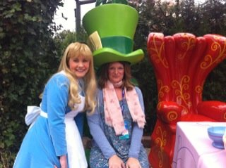 The wonderful world of alice and the mad hatter