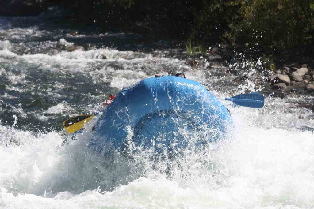 Whitewater rafting american river gorge kids coming back up