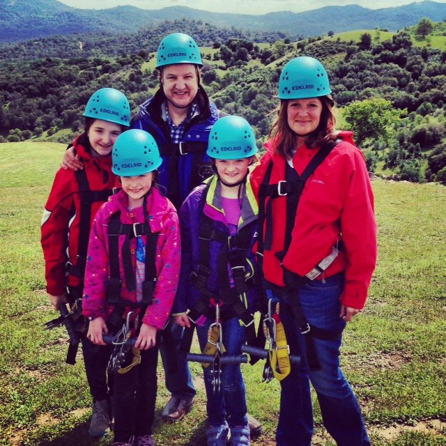 The Modern Family stopped by Yosemite Ziplines Adventure Ranch in Mariposa and tried zipping for the first time!