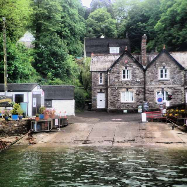 This cute crossing connects St.Mawes and the Roseland Peninsula with Feock, Truro and Falmouth. Avoid congested roads by boarding the ferry and enjoy the river crossing whilst taking in the scenery.