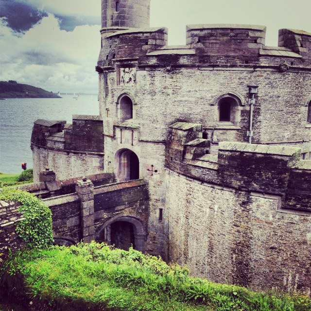 St Mawes Castle and its larger sister castle, Pendennis, were built as part of a defensive chain of fortresses by Henry VIII to protect the south coast of Cornwall