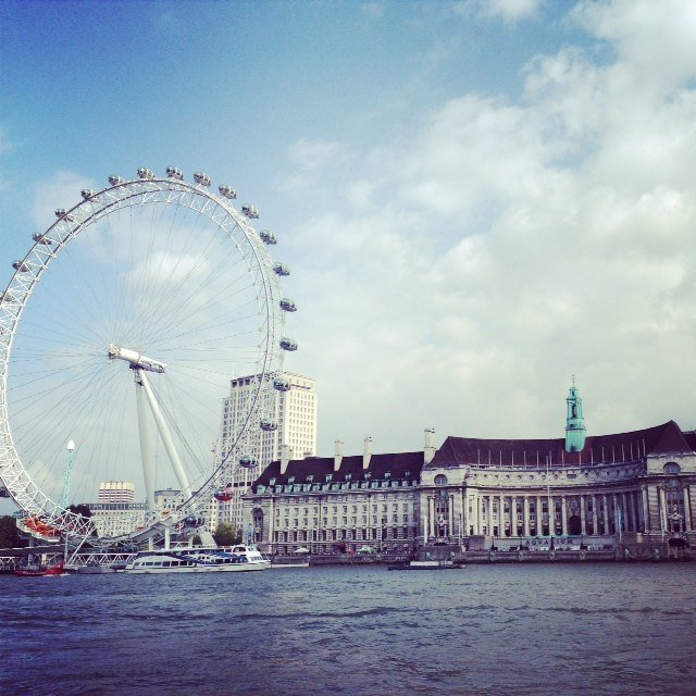 The view from Westminster bridge is amazing!