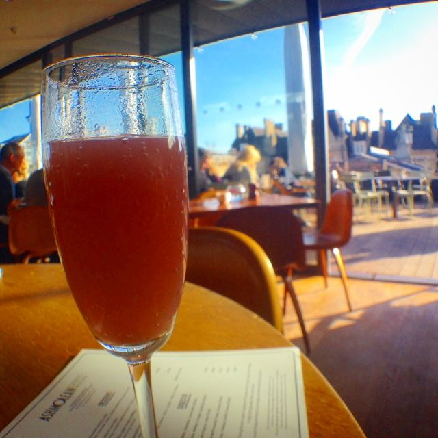 Sunshine, a Bellini and a view over Oxford. What more could anyone want?