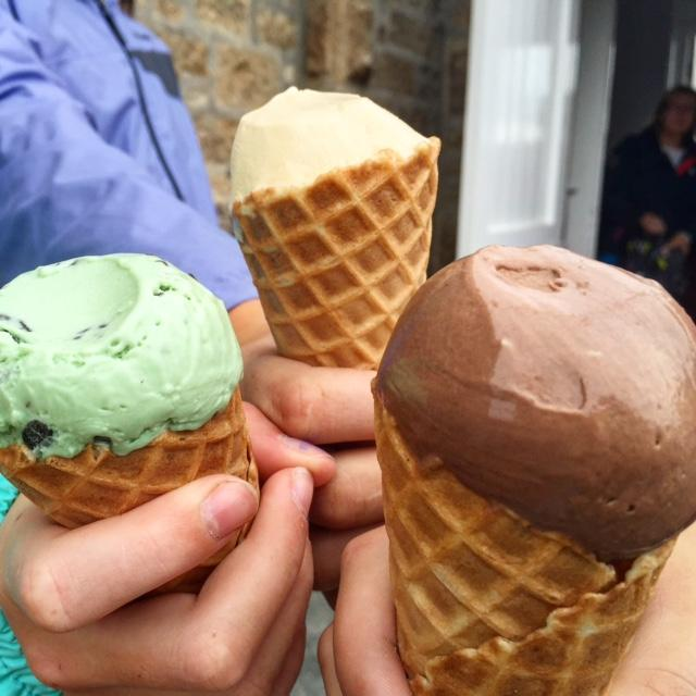 Scilly cows make the best ice cream! Salted Carmel, mint choc chip and chocolate ice cream from #TroyTown Farms in #StAgnes
