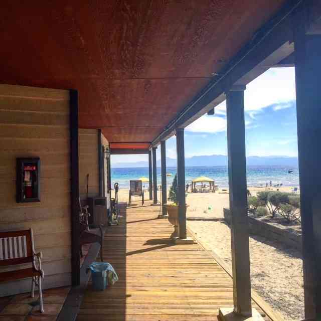 We stayed at the Mourelatos Lakeshore Resort in Tahoe Vista. The hotel is right on the lake with a beach resort and is my favourite place to stay in North Lake Tahoe!
