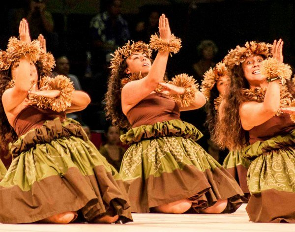We also plan to go to a traditional luau and see Hawaiian dancers! (Photo credit Big Island Visitors Bureau (BIVB) / Lehua Waipa AhNee)