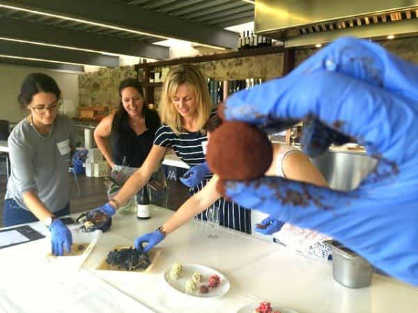 At Alta Alella you can also organise cooking workshops for kids. Here we are making chocolate truffles!