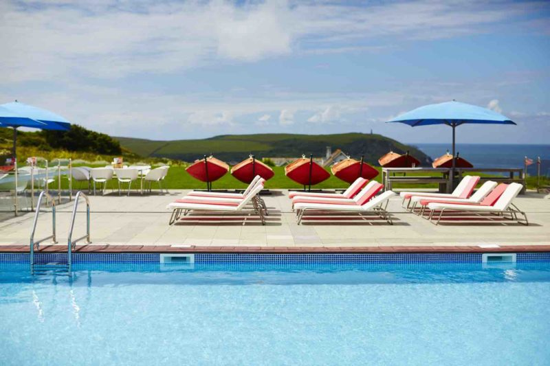 Cornwall st moritz hotel in polzeath a modern mother for Cornwall hotels with swimming pools