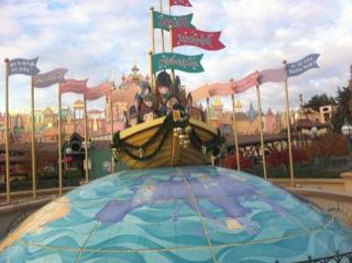Disneyland_paris_its_a_small_world