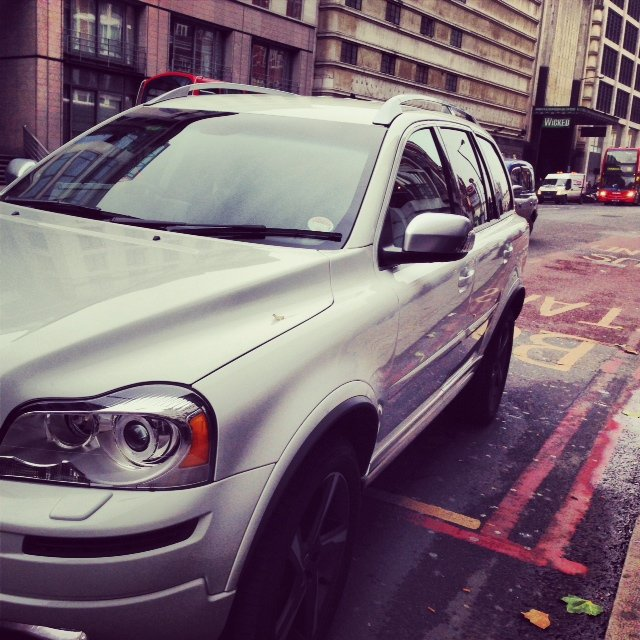 Our XC90 was waiting for us after lunch at the bBar to whisk us over to the Apollo Theatre to see Wicked.