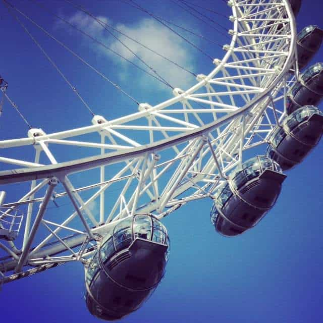 This giant ferris wheel is a London landmark. It's 32 pods hold up to 20 people each, and on a clear day you can see 30 miles.