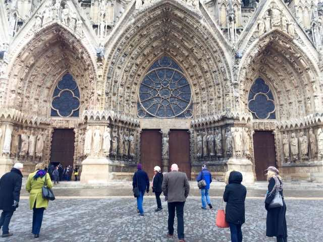 Most famous for being the favoured site for coronations, the gothic Reims Cathedral was severely damaged during the WW1 and has been restored. The cathedral has Unesco World Heritage status and 33 kings were crowned here, most famously Charles VII!